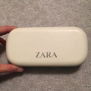 Zara White & Teal Eyeglasses Case